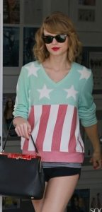 Taylor-Swift-American-Flag-Sweater-jpg