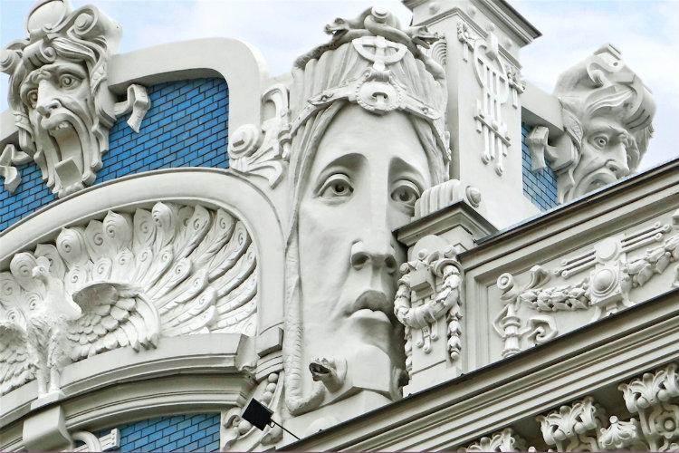 art-nouveau-architecture-elizabetes-street-riga